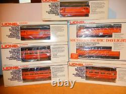 The Lionel Vault 8260/62 Southern Pacific Daylight F-3 Passenger Set- Ln