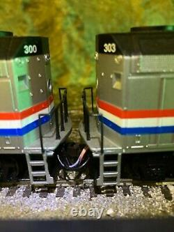 Walthers HO AMTRAK train set includes 2 engines with 6 cars plus mail car